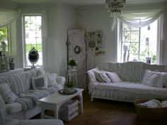 Living room Whitewashed Chippy Shabby chic French country rustic Swedish decor idea table.  ***Pinned by oldattic ***.