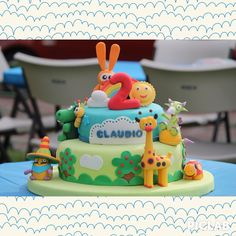 Baby tv cake Baby Tv Cake, Baby Cakes, 1st Birthday Parties, Birthday Cakes, Animal Cakes, Fondant, Party Themes, Party Ideas, First Birthdays