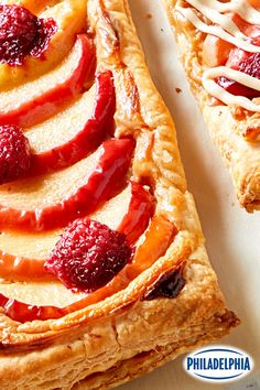 Tartelettes aux pommes toutes simples #recette Frozen Puff Pastry, Puff Pastry Sheets, What's Cooking, Cooking Recipes, Apple Tarts, Chocolate Biscuit Cake, Beach Quilt, Tarts Recipe, Cream Cheese Glaze