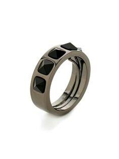 Love rings !
