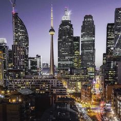 Friday night lights. #SeeTorontoNow #Toronto #the6 #explorecanada #discoverON  Photo: @alexstelma