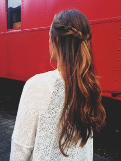 french braid, half up half down, curly, wavy, ombre hair, messy hair, thebohobarbie.com @shannoncarol101