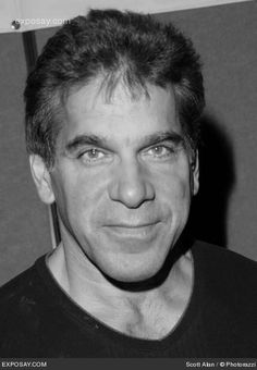 Lou Ferrigno (November 9, 1951) American actor, bodybuilder and fitnesstrainer, known from the series of 'The Incredible Hulk'.