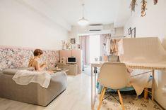 「人とはちょっと違う部屋にしたい」そんな風に思っている方に参考にしてほしい。テーマカラーはピンクとグレー。ガーリーだけど大人っぽい、絶妙なバランスのお部屋を訪ねました。 Interior, Room, Furniture, Home Decor, Bedroom, Decoration Home, Indoor, Room Decor, Rooms