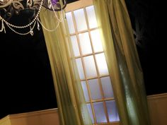 Fake Window with Artificial Sunlight • Free tutorial with pictures on how to make a hanging in under 120 minutes