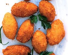 Croquettes with Serrano Ham and Manchego Cheese Tapas, Grilled Bananas, Bacon Donut, European Cuisine, Food Trailer, Indonesian Food, Appetisers, Southern Recipes, Party Snacks