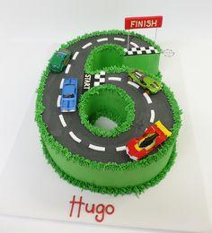Sixth Birthday Cake, Birthday Cake Kids Boys, Frozen Birthday Cake, Race Car Birthday, Birthday Cupcakes, Race Track Cake, Race Car Cakes, Cars Cake Design, Cars Theme Cake