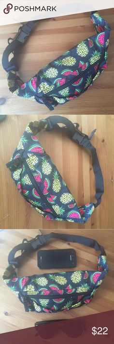 🍉🍍 Fanny Pack Watermelon Pineapple Fruit Bum Bag Tropical fruit Print Fanny Belt bag. Spacious and convenient for hiking, festivals, dancing, or any activity that bringing a purse to would be inconvenient. You will receive a new, unused item. Bags Satchels