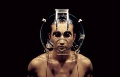 Hyungkoo Lee, Altering Facial Features with Device-H5, 2003