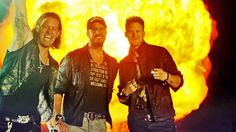 Country Music Lyrics - Quotes - Songs Luke bryan - Luke Bryan and Florida… Live Country Music, Country Music Lyrics, Country Music Videos, Country Music Artists, Country Songs, Hunting Humor, Funny Hunting, Luke Bryan Songs, Florida Georgia Line