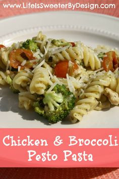 This healthy recipe contains everything you need for a meal! A delicious pasta dish with chicken and fresh veggies!