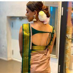 Saree Blouse Neck Designs, Stylish Blouse Design, Fancy Blouse Designs, Bridal Blouse Designs, Indian Gowns Dresses, African Fashion Dresses, Gold Blouse, Monica Bellucci, Beautiful Blouses