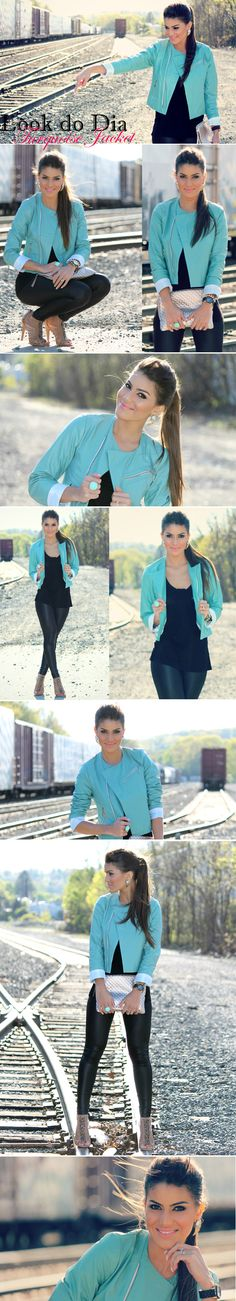 Look Camila Coelho: Jacket: LaPaiva / Blusa: H / Legging: PlanetGirls / Shoes: Sam Adelman / Clutch: Elliott Lucca / Relógio: Michael Kors / Spikes: Asos / Anel: Ludora Boutique / Brinco: Forever21 #FashionInspiration