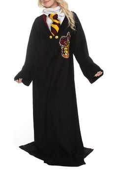 Harry Potter Snuggie. WANT!!!!