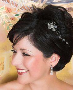 Eine Brautfrisur für kurze Haare kann auch wunderschön aussehen. Hier findet ihr tolle Beispiele und Ideen für eure perfekte Brautfrisur.