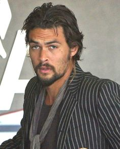 Jason Momoa... looking a heck of a lot like Al Swearengen