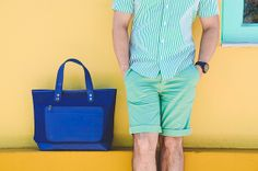 Camisa: Pólo/ Bermuda: Zara/ Tênis: Redley/ Relógio: Bulova/ Óculos: Ray Ban/ Bolsa: Marc by Marc Jacobs
