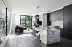 Ex Blockheads Alisa & Lysandra's latest super luxe reno - The Interiors Addict Terrarium Diy, Modern Kitchen Design, Interior Design Kitchen, Modern Interior, Home Decor Kitchen, Kitchen Living, Küchen Design, House Design, Design Trends