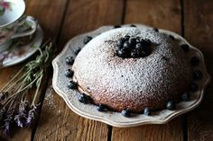 Blueberries bundt cake
