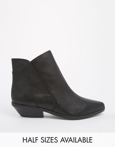52cac9f8cd9b01 Shelly s London Hingston Cracked Leather Flat Ankle Boots at asos.com