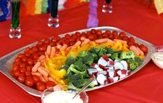 "Rainbow veggie platter with dip ""clouds"""
