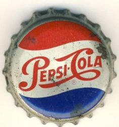 Pepsi my favorite drink of all time! Vintage Advertisements, Ads, Famous Drinks, Vintage Packaging, Blue Things, Soda Bottles, Liqueurs, Old Signs, Mountain Dew
