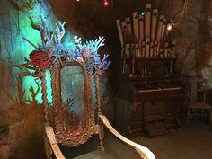 A detail of Uma's coral throne. Uma Descendants, Mermaid Room Decor, Decade Party, Kenny Ortega, Isle Of The Lost, Mal And Evie, China Anne Mcclain, Booboo Stewart, Pirate Halloween
