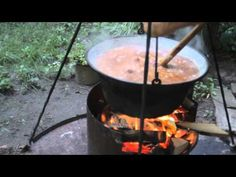 Fasole cu ciolan la ceaun cu foc de lemne si pirostrii - YouTube Charcoal Grill, Grilling, Outdoor Decor, Youtube, Charcoal Bbq Grill, Crickets, Youtubers, Youtube Movies