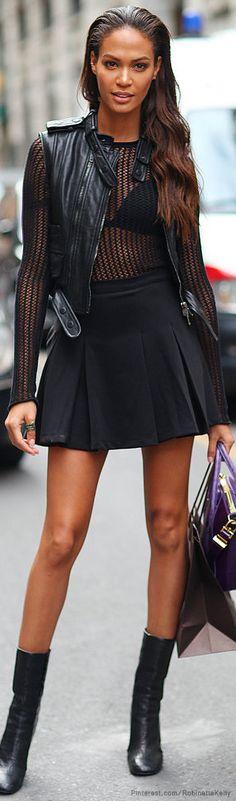 Joan Smalls | Milan Fashion Week Street Style