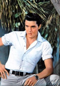 Elvis Presley. He was before my time but in my eyes the most beautiful man who ever lived.