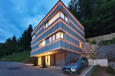 Modern cube home built in a valley north of Winheim, Germany. Villa Design, House Design, Modern Luxury Bedroom, Luxurious Bedrooms, Wooden Garden Edging, Swimming Pool Landscaping, Home Design Floor Plans, Home Projects, Decoration