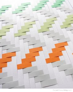 TUTORIAL :: How to make a paper weaving artwork - via the red thread