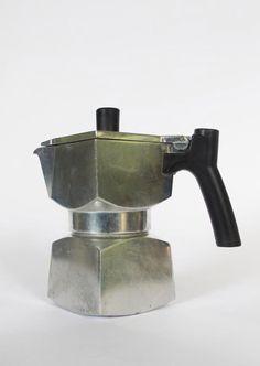 """Veraplast """"CUBOTTA"""" Espressokocher, -kanne aus Italien. 2. Hälfte 20. Jahrhundert (1/2)"""