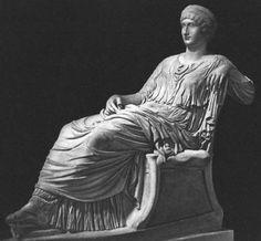 Roman 3 // Agrippina the Elder wearing stola and palla