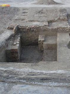 Dunakapu tér - ásatások (amíg be nem temették)