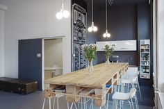 Bubble's Efficient and Teamwork-based Offices - Office Snapshots