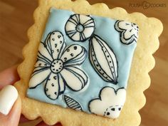 flower cookies royal icing tutorial Polish Cookies, Nail Polish Art, Flower Cookies, Royal Icing, My Nails