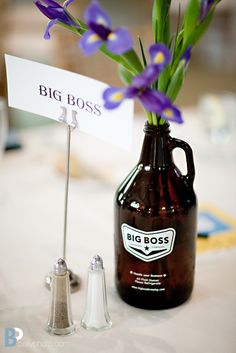 I really like this idea, but you can't fit much in a growler!