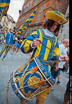 #Studyabroad in #Siena and experience the #Palio festival: http://www.spiabroad.com/italy