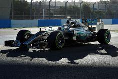 Lewis Hamilton - Mercedes W06 - 2015 Jerez Testing [1900x1265]