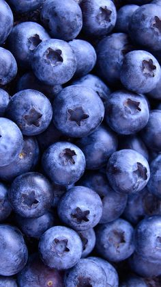 wallpaper, berries, and blueberry image - Food. Phone Backgrounds, Wallpaper Backgrounds, Iphone Wallpaper, Food Wallpaper, Wallpaper For Your Phone, Wallpaper Ideas, Amazing Wallpaper, Collage Mural, Fruit Photography