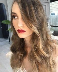 Beautiful natural Balayage Long Hair Styles, Natural, Beautiful, Beauty, Long Hairstyle, Long Haircuts, Long Hair Cuts, Beauty Illustration, Long Hairstyles