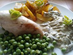 Chicken brest with mushrooms sauce and potatoes