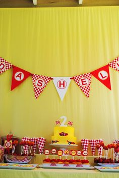 Gwynn Wasson Designs: {Tips & Hints} Race Car Party