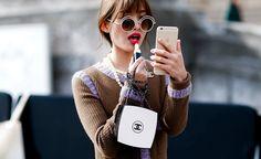 Für unterwegs: So schnell und einfach lässt sich das Make-up auffrischen