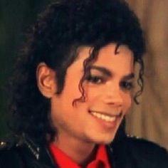 Michael Jackson - Just gorgeous Michael Jackson Bad, Michael Jackson Ghosts, Michael Jackson Smooth Criminal, Michael Jackson Neverland, Michael Jackson Quotes, Beautiful Person, Beautiful Smile, Most Beautiful, Mj Bad