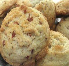 Keebler Copycat Pecan Sandies Cookies Recipe on Yummly. Yummly Keebler Copycat Pecan Sandies Cookies Recipe on Yummly. Brownie Cookies, Cookie Desserts, Dessert Recipes, Pecan Desserts, Annie's Cookies, Snow Cookies, Making Cookies, Pecan Sandie Cookie Recipe, Pecan Sandies Cookies