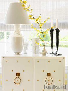 White 1950s Tommi Parzinger cabinet. Design: Ann Pyne. #white #cabinet