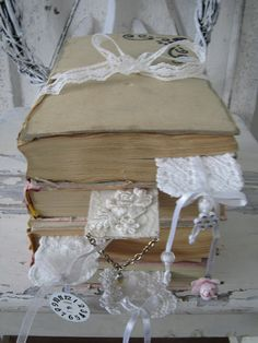 books and bookmarks ~ This is the look that I am working towards in my cottage makeover!