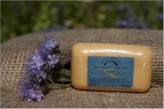 Honey Soap - Soar Mill Seeds  A delicately scented soap, made from rich vegetable based ingredients including honey. Creates a smooth lather and is suitable for every day use.   100g bar   Not Tested on animals, Lanolin Free.   Made and packaged in England